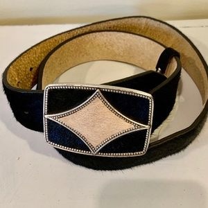 Oscar De La Renta  Genuine Cowhide Belt